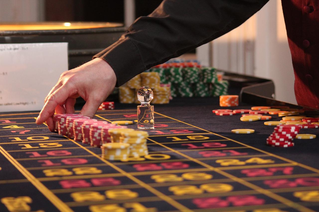 Семен архипов казино скачать игровые аппараты компьютер